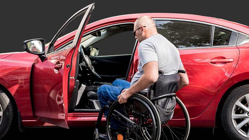 8 carros para pessoas com deficiência
