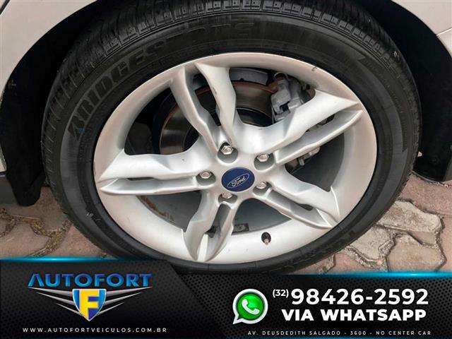 Ford Focus Sedan 2.0 16V2.0 16V Flex 4p Aut. 2015/2015