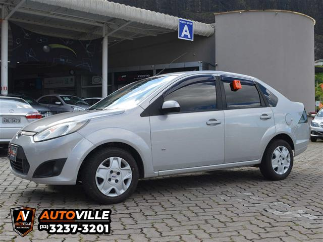 Ford Fiesta Sedan SE 1.6 8V Flex 4p 2013/2014