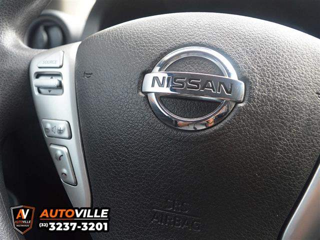 Nissan VERSA SL 1.6 16V Flex Fuel 4p Mec. 2015/2016