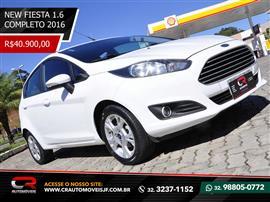 Ford Fiesta 1.6 16V Flex Aut. 5p 2015/2016