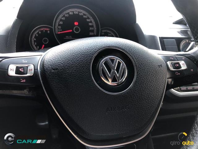 VolksWagen up! move 1.0 TSI Total Flex 12V 5p 2017/2018