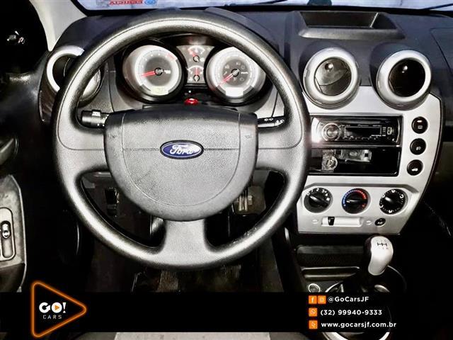 Ford Fiesta Sed. 1.6 8V Flex 4p 2010/2011