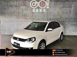 VolksWagen Polo Sedan 1.6 Mi Total Flex 8V 4p 2013/2014