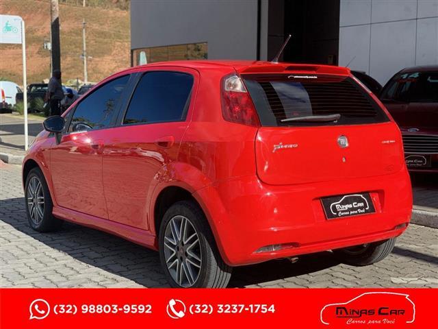 Fiat Punto Sporting Dualogic 1.8 Flex 16V 5p 2011/2012