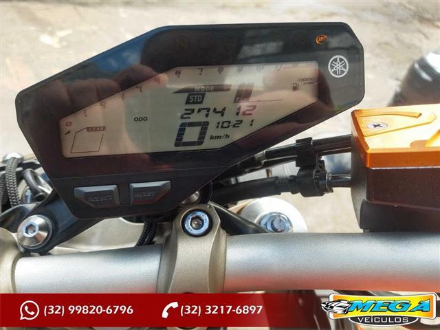 YAMAHA MT-09 850cc/ABS 2015/2016