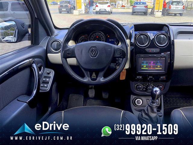 Renault DUSTER DAKAR 4x4 2.0 Hi-Flex 16V Mec. 2017/2018